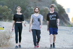01 Juillet 2012- Jared Leto At Malibu Canyon – Los Angeles [CANDIDS] 0007