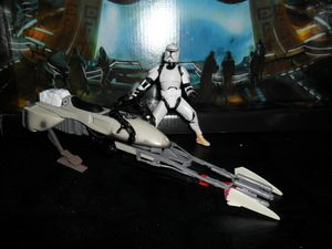 Collection n°182: janosolo kenner hasbro - Page 4 Clone-trooper-with-speeder-bike--3-