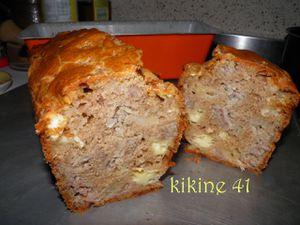 Cake à l'andouille, camembert et pomme P9030026