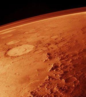 Curiosity : l'atmosphère de Mars aurait été soufflée il y a quatre milliards d'années Des-equipes-de-chercheurs-en-analysant-les-echantillons-de-