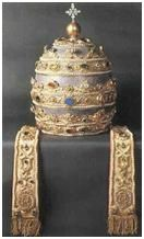 la chaise du pape 10-La-Tiare-papale