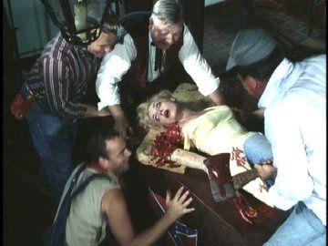 FILMS D'HORREUR 1 - Page 37 2000-Maniacs-02