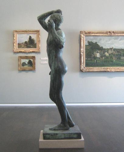 Pour vous mesdames Statue-homme-mus-e-k-ln