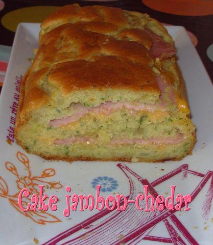 Cake au jambon, au cheddar et à l'oignon Cake-jambon-chedar3