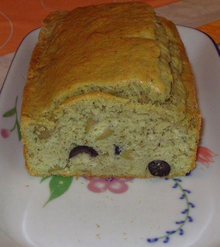 Cake au thé matcha et aux deux olives Cake-matcha-olives3
