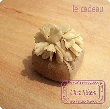 حلويات جزائرية جديدة قمة الروعة Le-cadeau12_thumb