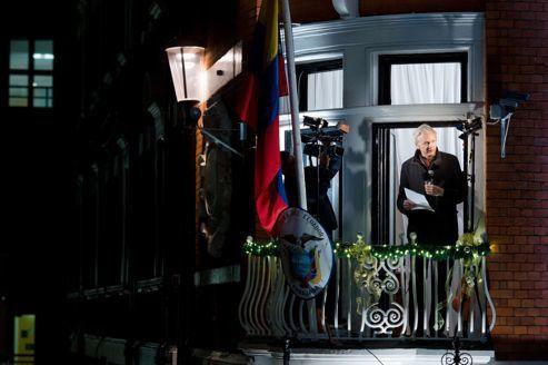 Assange réfugié a l'ambassade d'équateur - Page 3 Ass8915c3ec-4ae6-11e2-8f32-6d8b258cf102-493x328