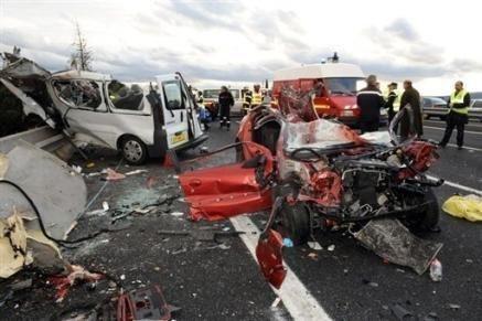 La suite d'image - Page 2 Accident-sur-l-A9-le-chauffeur-d-emmaus-ivre