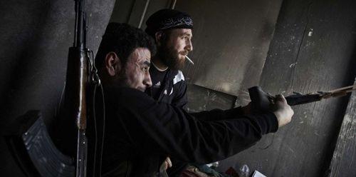 Guerre en Syrie [sujet unique] - Page 2 5511132-armer-les-rebelles-syriens-les-27-peuvent-ils-s-acc