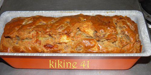 Cake à l'andouille, camembert et pomme P9030024