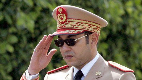 تفاصيل جديدة على الجيش المغربي SM-Mohamed-VI-en-tenue-militaire