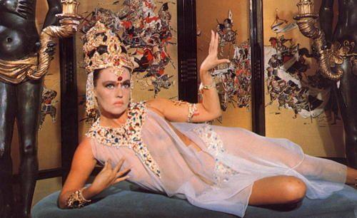 Mata Hari danseuse espionne Jeanne-Moreau---Mata-Hari