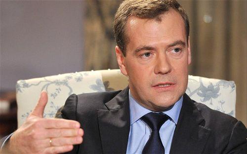 """Medvedev révèle l'existence des """"Aliens qui visitent notre planète"""" Medvedev_2409541b"""