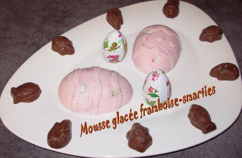 Mousse glacée à la framboise et aux smarties Mousse-glacee-framboise-smarties2