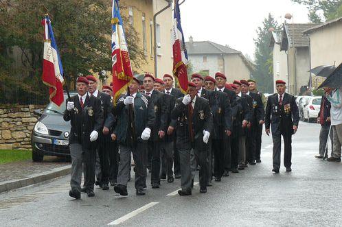 L'Union Nationale des Parachutistes fête la Saint Michel 2013 dans l'Ain  P1110156