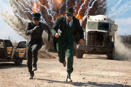 CRITIQUE CINEMA - Page 6 Article-the-green-hornet
