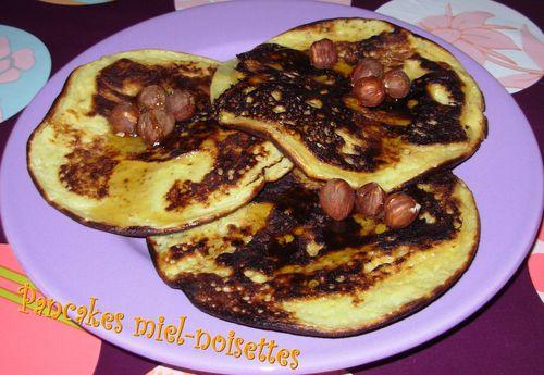 Pancakes miel-noisettes Pancakes-miel-noisettes3