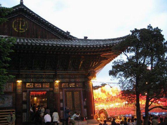 Happy Birthday Bouddha Corée Bongeunsa_fete_de_bouddha_25