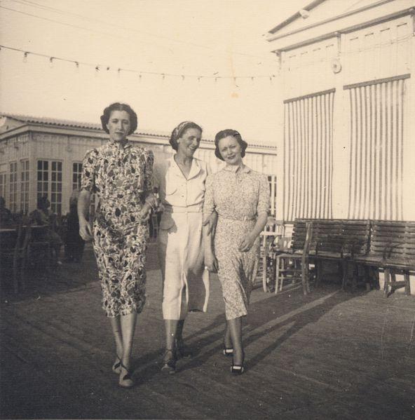 Ca s'est passé en juillet ! Iride--Lavinia-ed-Edina--Cagliari--agosto-1937-