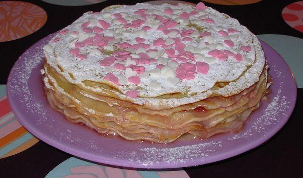 Gâteau de crêpes à la fleur d'oranger et à la fraise Gateau-de-crepes-a-la-fraise2