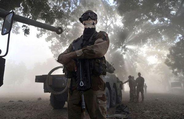 Guerre au Mali/Algerie - Page 2 Article_MilitairemasqueMali