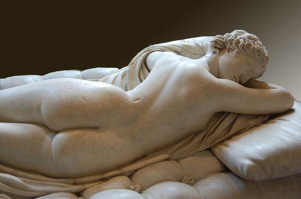 émission d'arte ce soir sur les fesses... Hermaphrodite-endormi-Rome