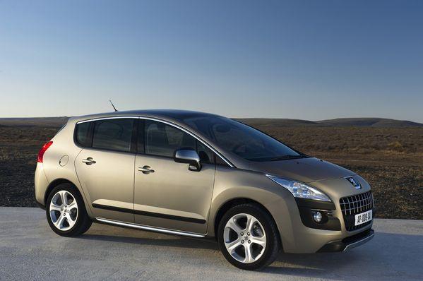 مجموعه من صور الشيارات Peugeot-3008-4