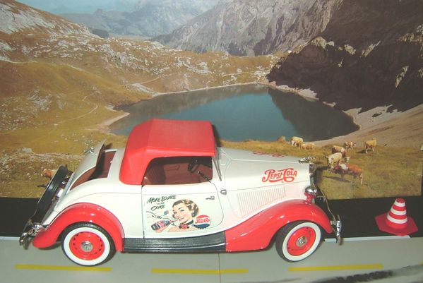 Ma petite collection Ford-v8-1.18-solido