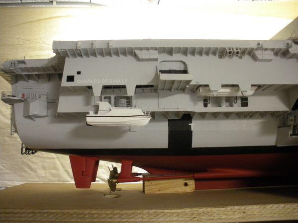 FLF Guépratte 1/400e par Jerome v - Page 9 Embarcation-ETN-1-re-partieN0348