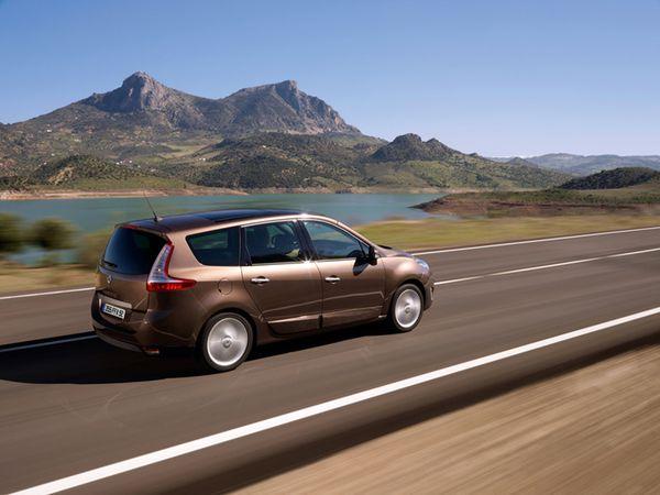 مجموعه من صور الشيارات Renault-Grand-Sc-nic-2009-02