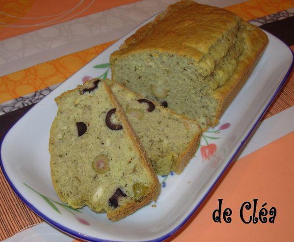 Cake au thé matcha et aux deux olives Cake-matcha-olives4