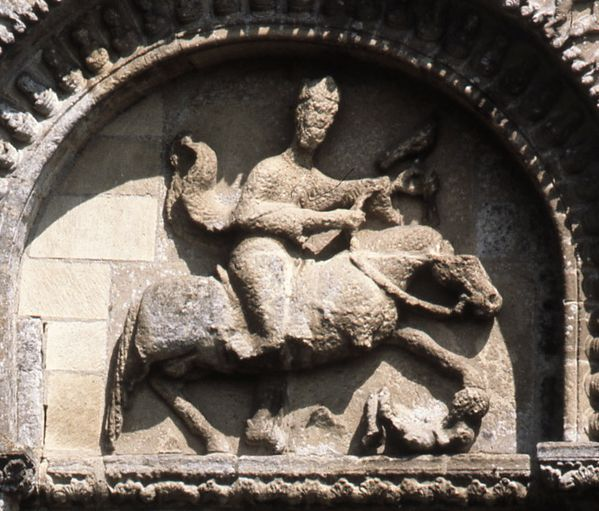 Arte y religión islámicos en el contexto románico. - Página 3 Parthenay-le-vieux