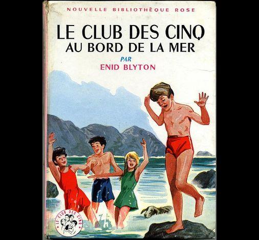 Les LIVRES de la Bibliothèque ROSE - Page 2 LE-CLUB-DES-CINQ-au-bord-de-la-mer