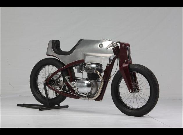 blog déjà  cité au flatistan ? 2011_amd_bikes_Beezerker_Speed_Shop_Design_001_www.speedsho