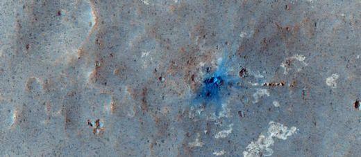 La planète Mars bombardée Impact_hires_801318_jpg_532457--1-