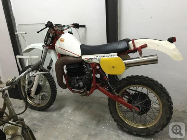 No sólo de Bultaco... Xhpik70focm0u1tlt3bi1_s