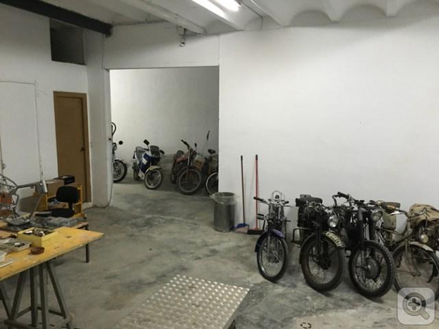 A falta de detalles... El proyecto La Moto Clàssica ya está operativo Xq9edzjnz5manongoqao_s
