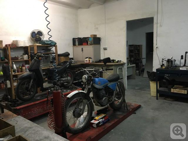 A falta de detalles... El proyecto La Moto Clàssica ya está operativo Xsqv7bmx8w2ad82zfa3t_s