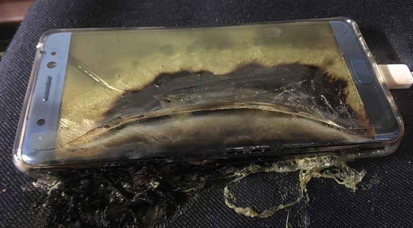 Toulouse : un homme gravement brûlé aux mains après l'explosion de sa cigarette électronique - Page 2 Galaxy-note-7-rappel