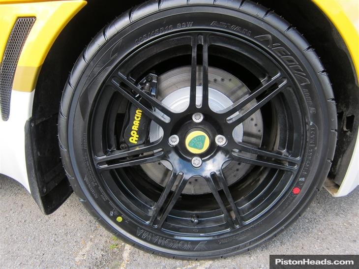 EXIGE SCURA Lotus-exige-s2-s--p-and-t-and-s-S1423974-10