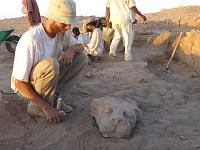 Los Egiptólogos checos descubren en Sudán una necrópolis de  Sudan_wad_ben_naga1x