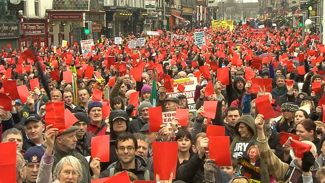 Thousands attend anti-austerity march in Dublin – RTÉ News 00073cbc-642