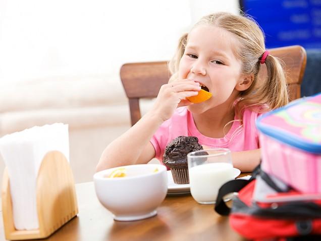 أهميه الفطور بالنسبه للطفل 53588