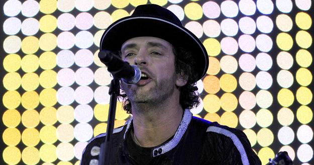 Muere el músico argentino  1409853010823
