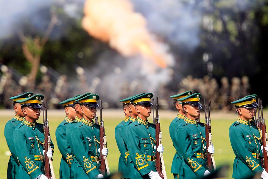 Uniformes Militares del Mundo 1279871668251