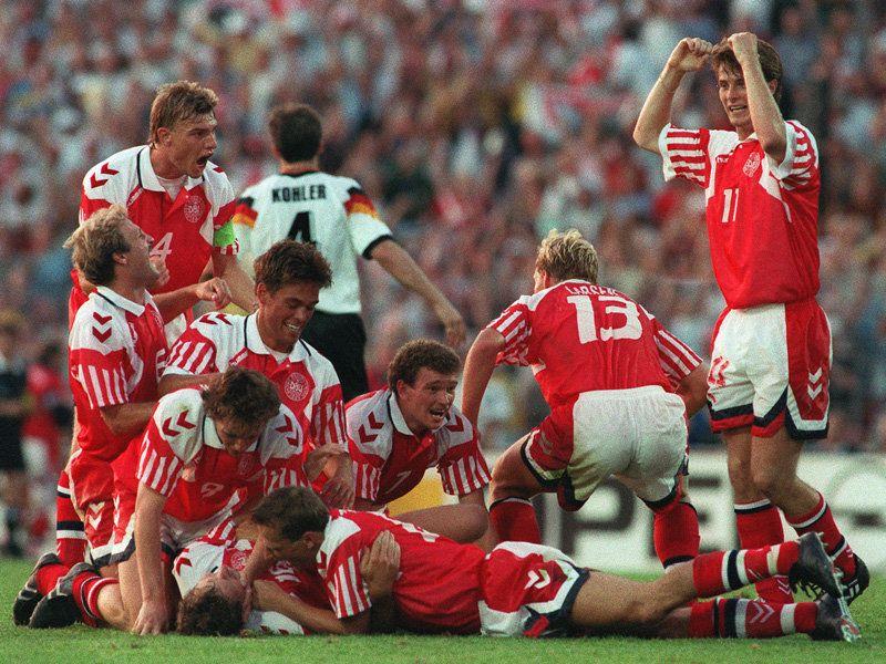 Partidos enteros historicos de selecciones o equipos - Página 3 Denmark-European-champions-1992_907236