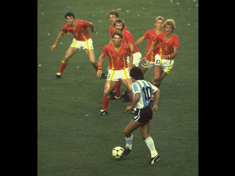 WC Play So Far - Page 2 Diego-Maradona-Argentina-Belgium-World-Cup-19_1496823