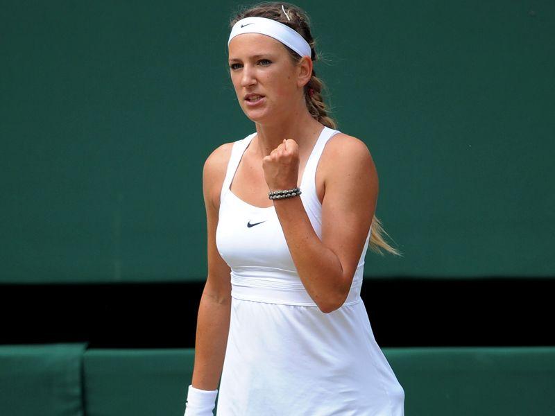 تغطيه بطوله ويمبلدون 2011 - صفحة 2 Victoria-Azarenka-Wimbledon-2011-SF-fist_2615999