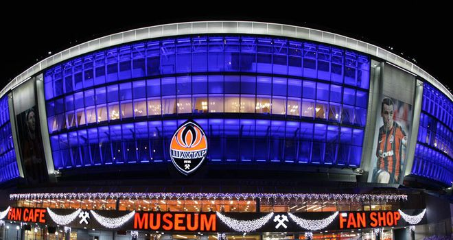 ملف كامل عن EURO2012 Euro-2012-Venues-Donbass-Arena-Donetsk_2685783