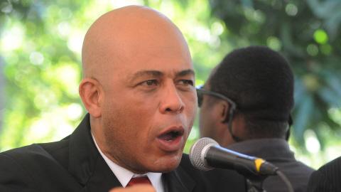 Michel Martelly promet des changements politique, économique et social  AFP_110203michel-martelly-3fev11_8